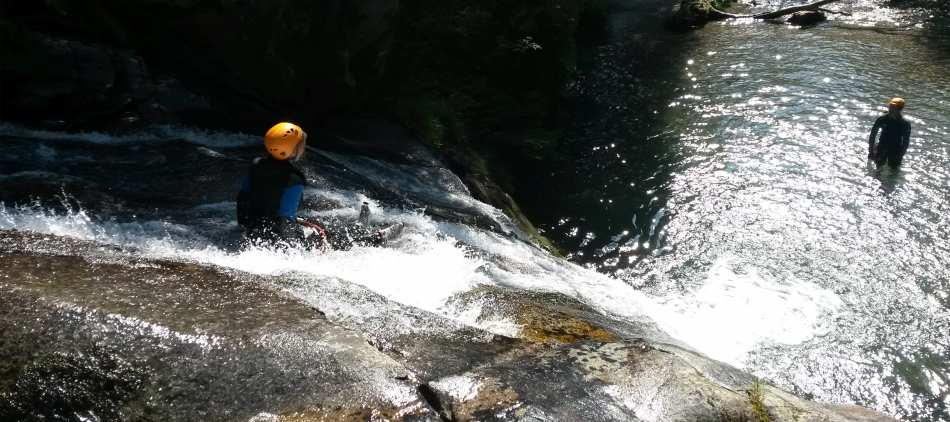 cham-aventure-canyoning-barberine-1-min-1741