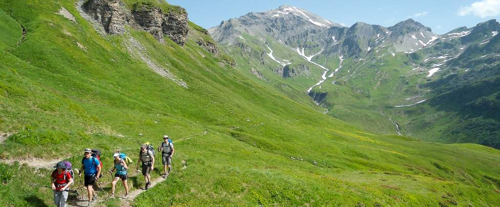 HIKING - BIVOUAC IN THE AIGUILLES ROUGES